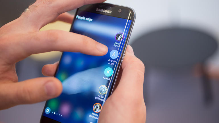 samsung-galaxy-s7-edge-out-about-25